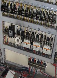 制御盤等電装品の交換によって省エネ効果があります。