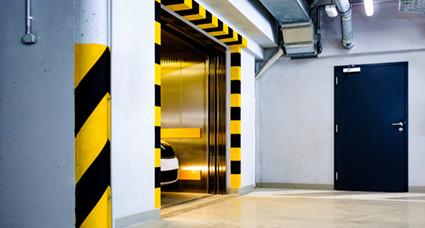 自動車用運搬エレベーター(カーリフト)